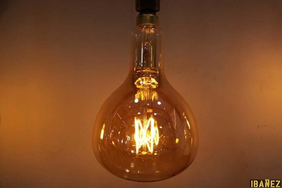 Bombilla gigante er180 8w e 27 230v luz calida - Lamparas bombilla gigante ...